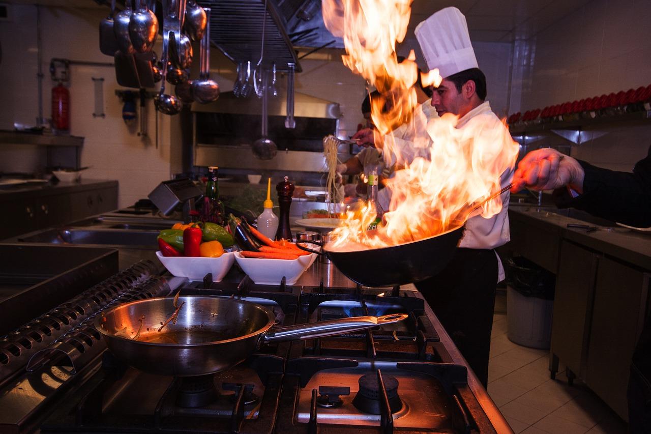 Gastronomia – patelnie elektryczne